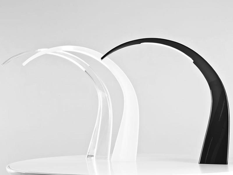 Kartell light air sculturata lampada da tavolo in vendita