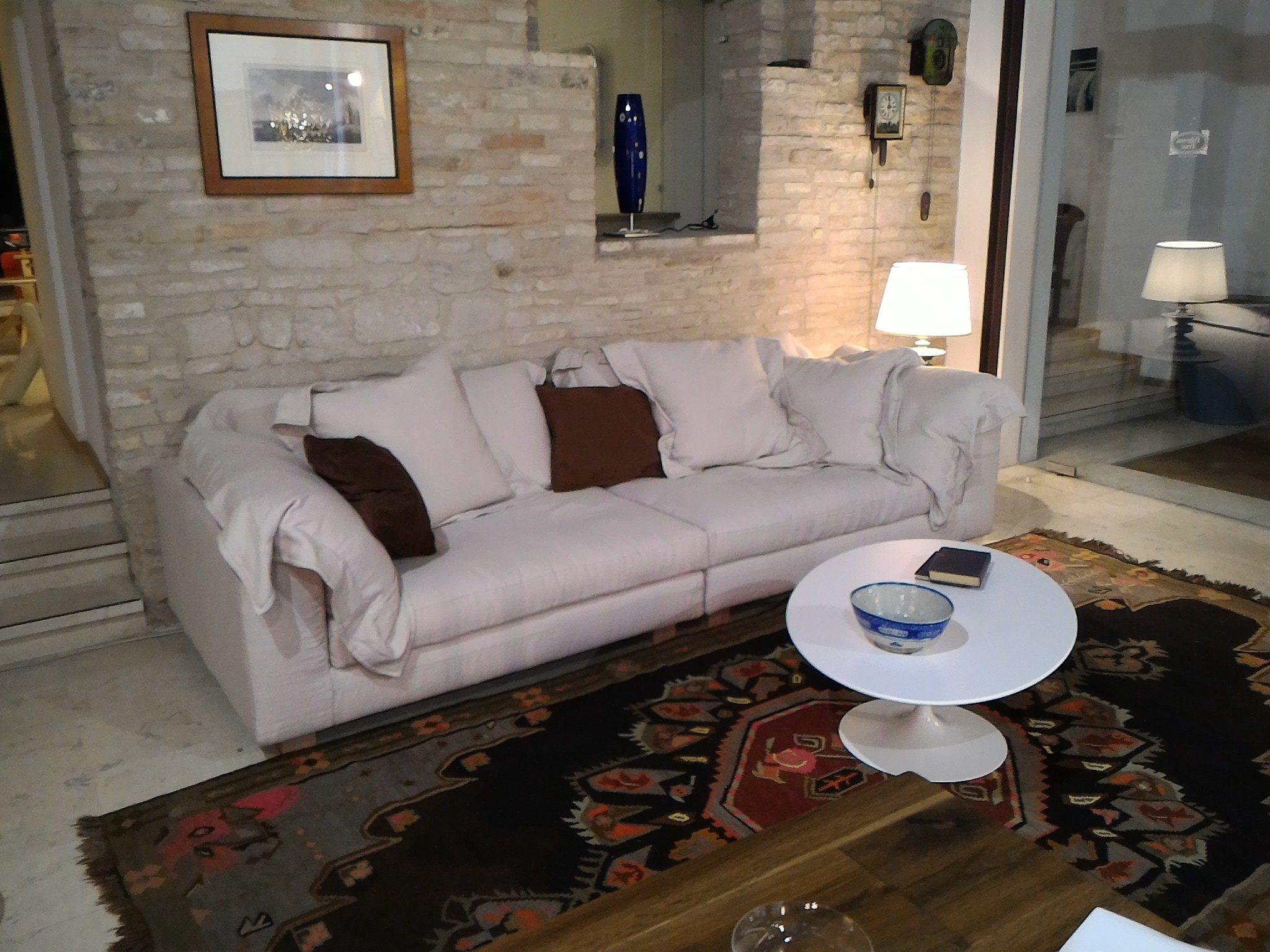 Divano In Lino Bianco : Nebula nine divano 280x110 in piuma tessuto lino a4380 art.954 col